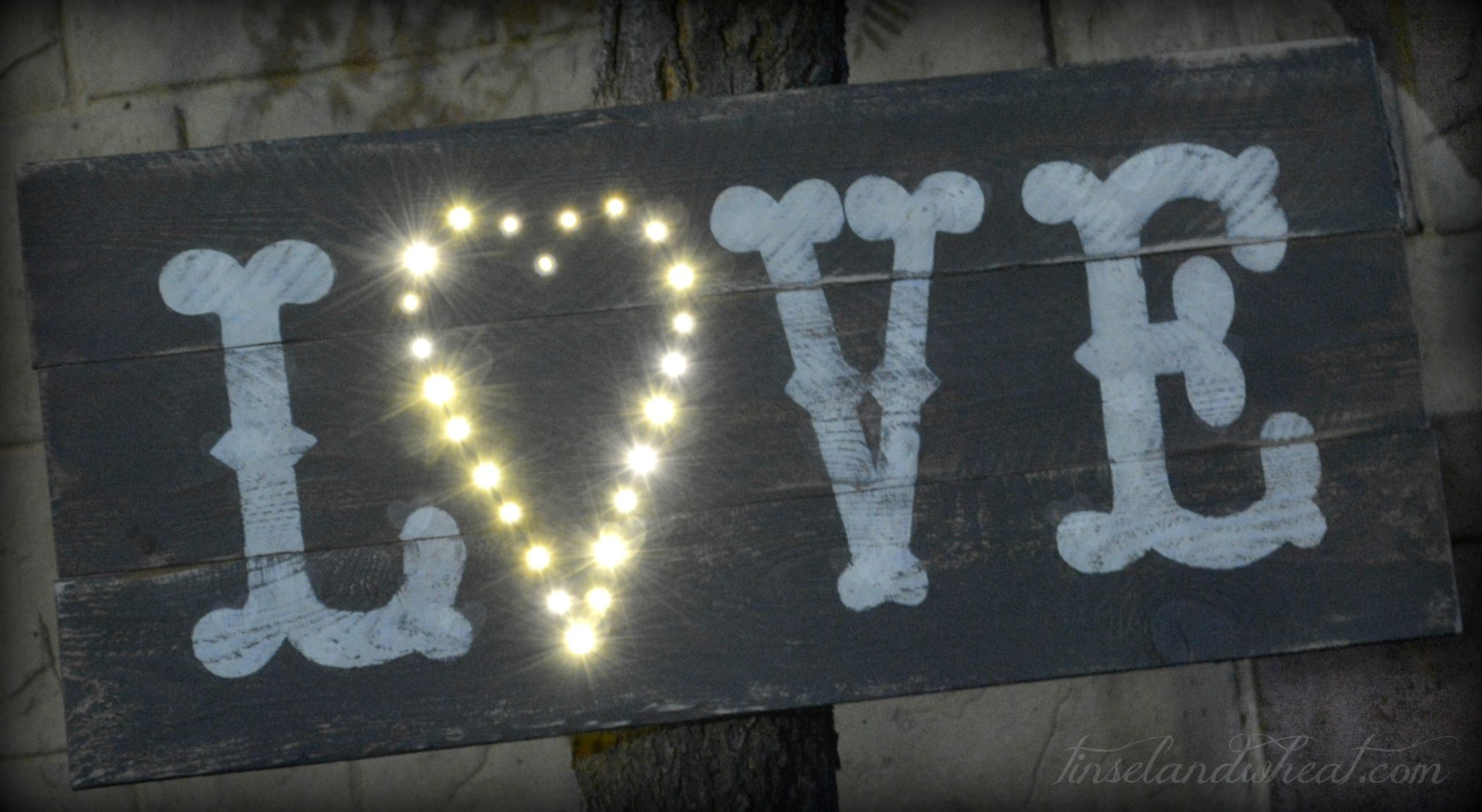 DIY Rustic Love Sign