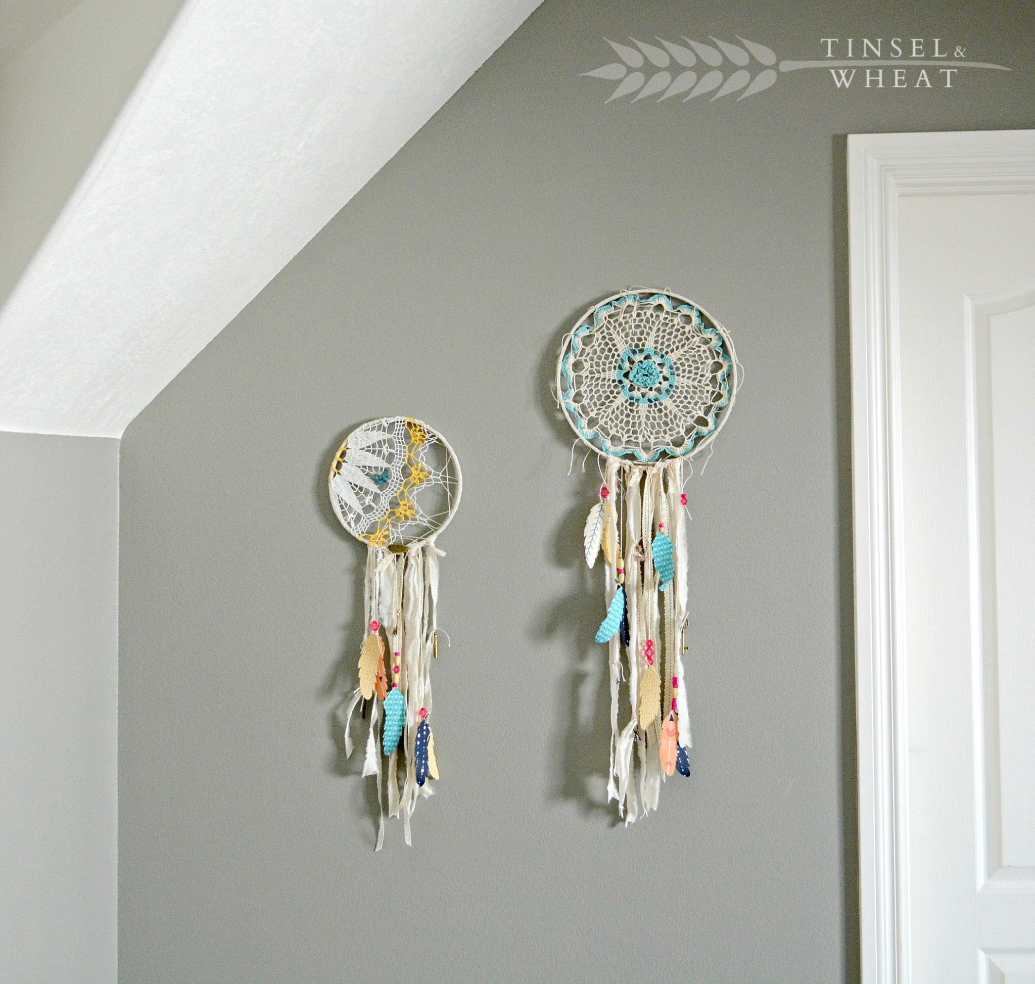 Dream Catchers w Fabric Feathers