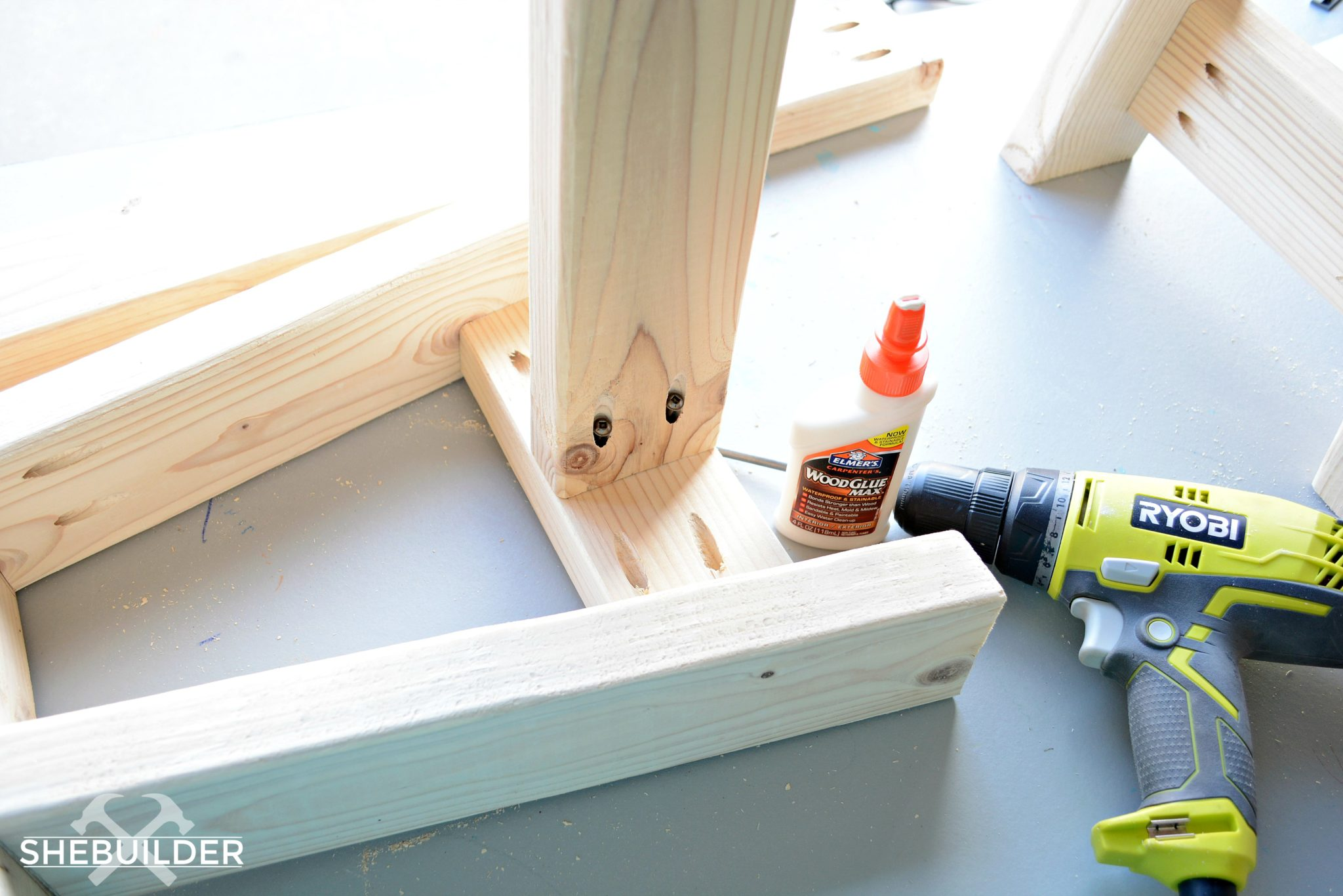 Assembling DIY Farmhouse Bench Legs